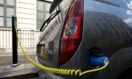 Британцев поощряют пересесть на электромобили.