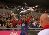 Брэдли Уиггинс установил новый часовой рекорд