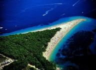 Золотой рог-красивый пляж в Хорватии