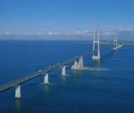 Эресуннский мост-тоннель соединяет две страны