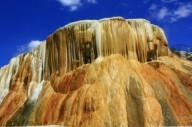 Термальный источник Хаммам Мескутин в Алжире
