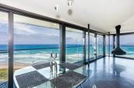Для любителей экстрима: дом над океаном