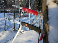 Огляд ножа Victorinox Camper red 1.3613