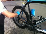 Как чистят велосипед профессионалы