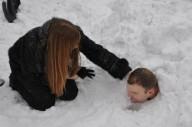 Рекорд пребывания человека под снегом