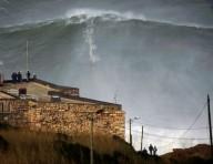 Серфинг на 30и метровой волне