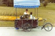 В Донецке открылась кофейня на колёсах