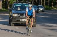 Премьер-министр Эстонии  популязирует велосипед