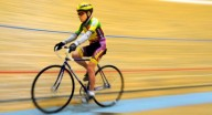 102 летний велосипедист
