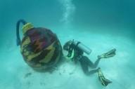 Вязание под водой.