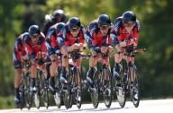 Тур де Франс уменьшает количество гонщиков команды