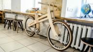 Как киевлянин производит деревянные велосипеды
