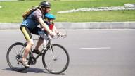 Велосипедисты ищут свое место на дорогах
