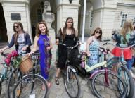 «Богиня на велосипеде» во Львове