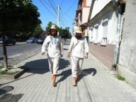 В пятницу в Харьков придут босые путешественники