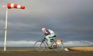 10 километров против ветра в 100 км/ч на гонке Headwind
