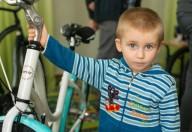 Велосипедисты поздравили детские дома с праздниками