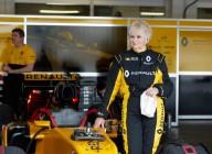 79-летняя ирландка прокатилась на болиде Формулы-1