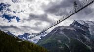 В Швейцарии открыли самый длинный в мире висячий мост