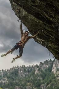 Новый рекорд в скалолазании установил 61-летний американец