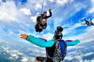 102-летний американец стал самым старым парашютистом в мире