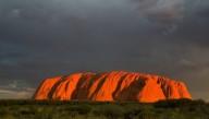 В Австралии для туристов закроют известную скалу Улуру
