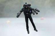 Британец побил мировой рекорд скорости в летающем костюме