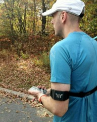 Как технологии помогли слепому британцу бегать марафоны