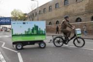 UPS тестирует систему доставки на электрическом велосипеде