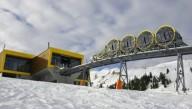 В Швейцарии запустили самый крутой фуникулер в мире