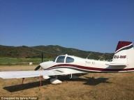 Пенсионеры из ЮАР построили самолет и совершили кругосветку