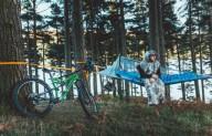 Легкий и практичный гамак-палатка
