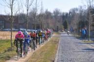Гонщики на велодорожках расстраивают комиссаров UCI