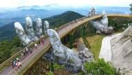 Во Вьетнаме построили мост на руках