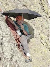 91 летний скалолаз установил новый мировой рекорд