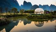 В Китае туристы могут понаблюдать за рассветом из пузырей