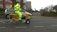 Велосипед очищающий велодорожки от наледи
