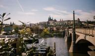 В Праге открыли кинотеатр на воде
