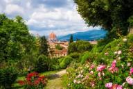 Во Флоренции открылся сад роз с японским садом