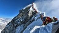 «Пробки» на Эвересте