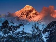 Одноразовый пластик будет запрещен на Эвересте