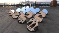 В итальянской Венеции установили необычную инсталляцию