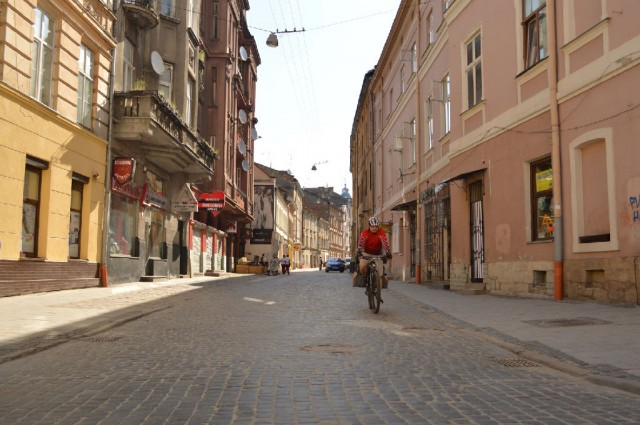 http://tourist.kharkov.ua/report/3197/imgm/000004-t.jpg