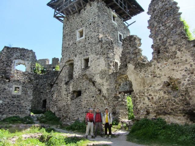 http://tourist.kharkov.ua/report/3197/imgm/000096-t.jpg