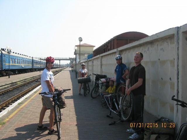 http://tourist.kharkov.ua/report/4706/imgm/000001-t.jpg