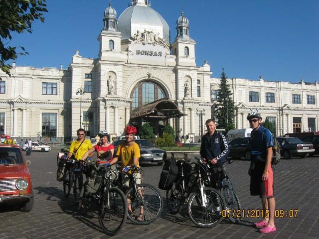 http://tourist.kharkov.ua/report/4706/imgm/000038-t.jpg