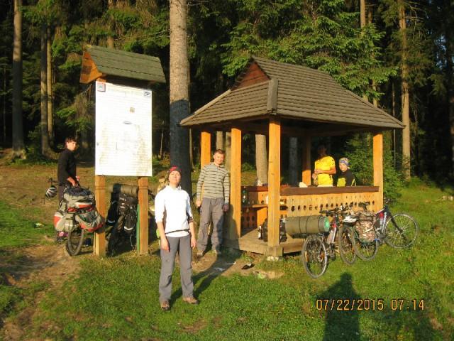 http://tourist.kharkov.ua/report/4706/imgm/000042-t.jpg