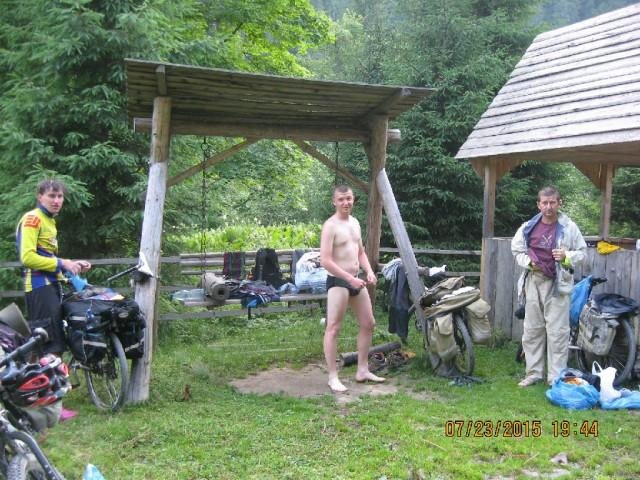 http://tourist.kharkov.ua/report/4706/imgm/000052-t.jpg