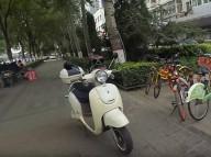 На электроскутере по китайским улицам